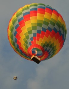hot-air-balloon-586693_960_720
